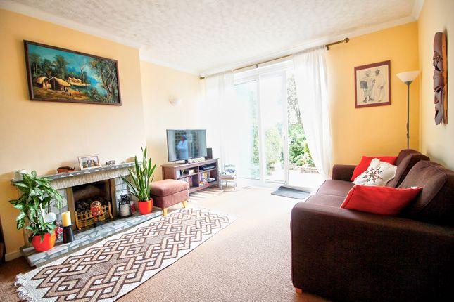 Living Room of Mowbray Drive, Tilehurst, Reading RG30