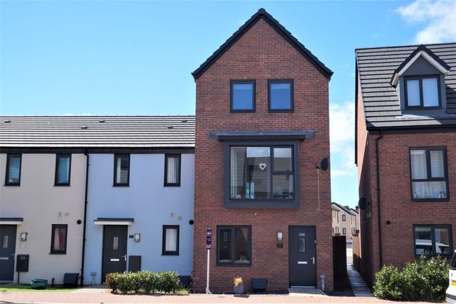 Thumbnail Semi-detached house for sale in Ffordd Y Mileniwm, Barry