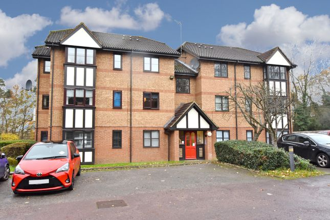 1 bed flat for sale in Osprey Close, Falcon Way, Watford WD25