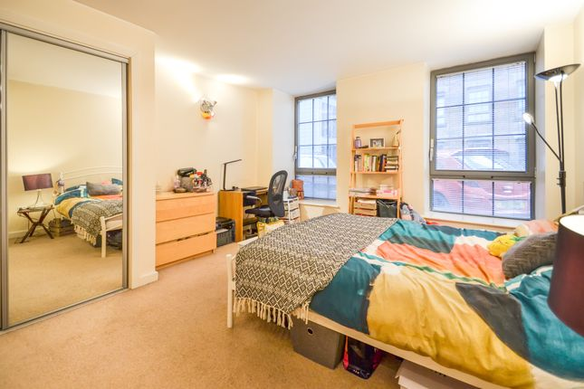 Master Bedroom of The Hicking Building, Block 1, Queens Road NG2