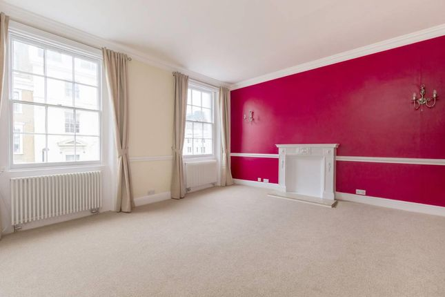 Thumbnail Flat for sale in Craven Road, London