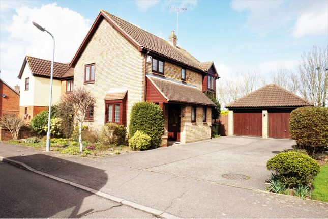 Thumbnail Detached house for sale in Lake View, Langdon Hills, Basildon