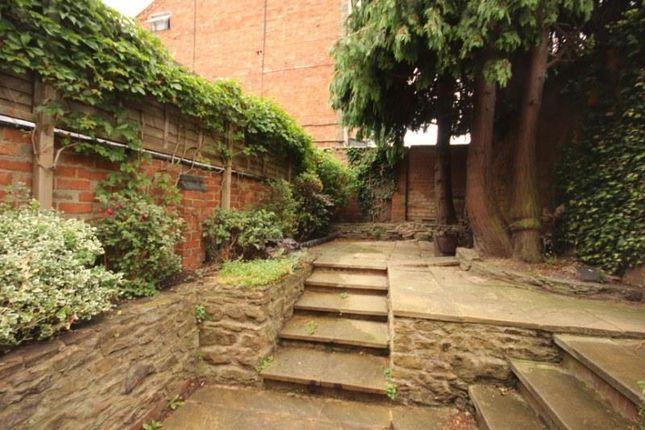 14 Hester Street- Garden