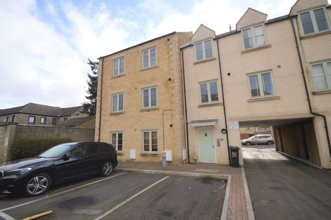 Thumbnail Flat for sale in West Way, Cirencester