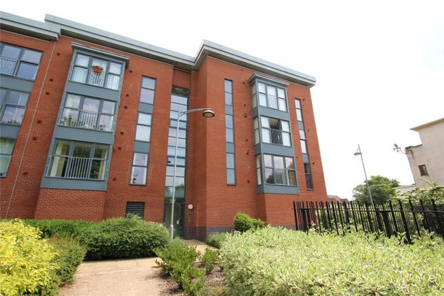 Thumbnail Flat to rent in Rothesay Gardens, Parkfields, Wolverhampton