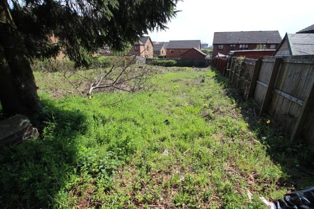 Thumbnail Property for sale in Kingston Avenue, Airdrie, North Lanarkshire