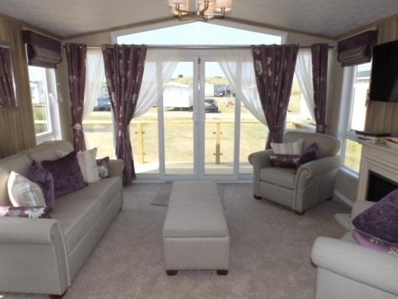 Lounge of Perranporth, Cornwall TR6