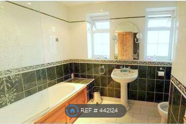 Thumbnail Room to rent in Camel Road, London
