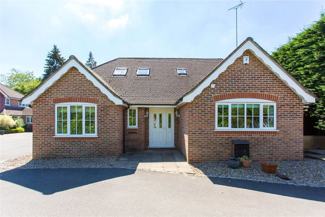 Thumbnail Bungalow to rent in Willow Close, Chalfont St. Peter, Gerrards Cross, Buckinghamshire
