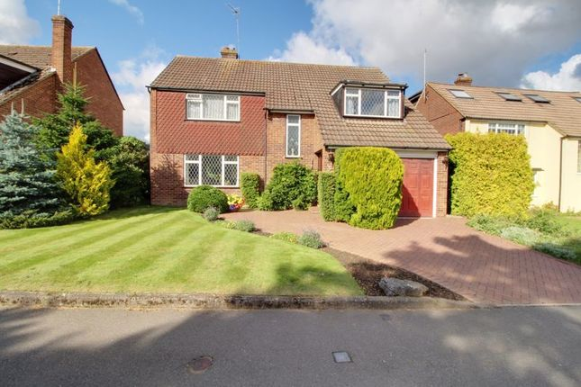 Thumbnail Detached house for sale in Thrush Lane, Cuffley, Potters Bar