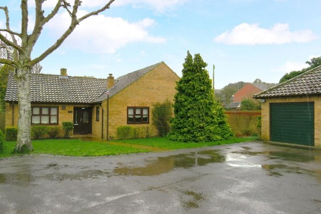 3 bed detached bungalow to rent in Vincent Close, Feltwell, Thetford IP26