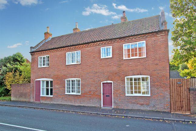 Thumbnail Cottage for sale in Main Street, Lambley, Nottingham
