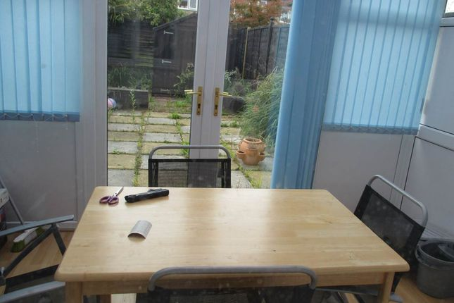 Thumbnail Property to rent in Frewin Close, Cheltenham, Gloucestershire