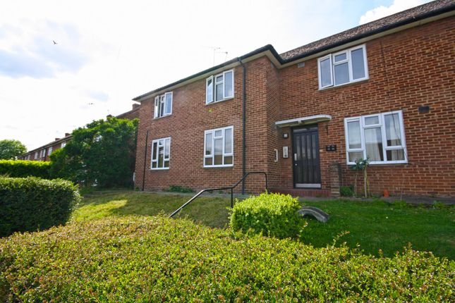 Thumbnail Flat for sale in Hanson Drive, Loughton