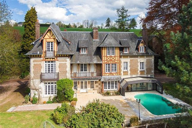 Thumbnail Property for sale in Normandy Manor, Bernay, Calvados, Normandy, Normandy, France
