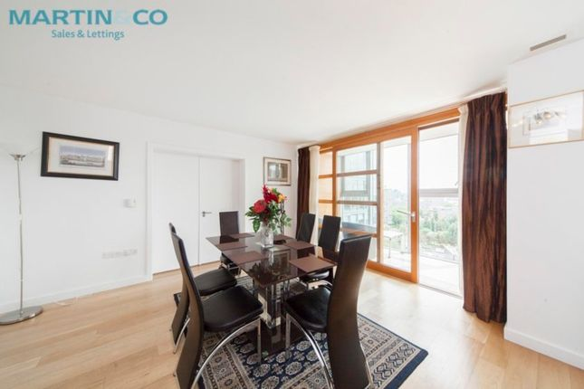 Thumbnail Flat to rent in Lombard Road, London