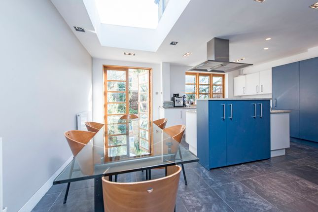 Thumbnail Terraced house for sale in Belleville Road, London
