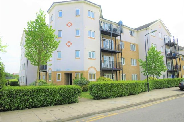 Thumbnail Flat for sale in 23 Enstone Road, Enfield, Greater London