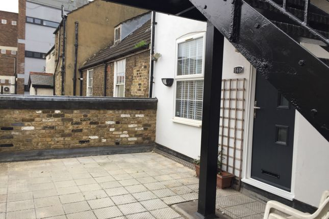 Thumbnail Flat to rent in Victoria Street, Rochester