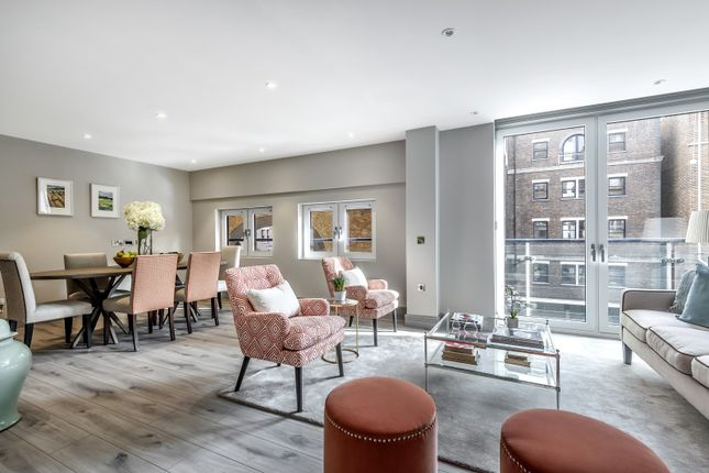 Thumbnail Flat for sale in Plantation Wharf, Battersea