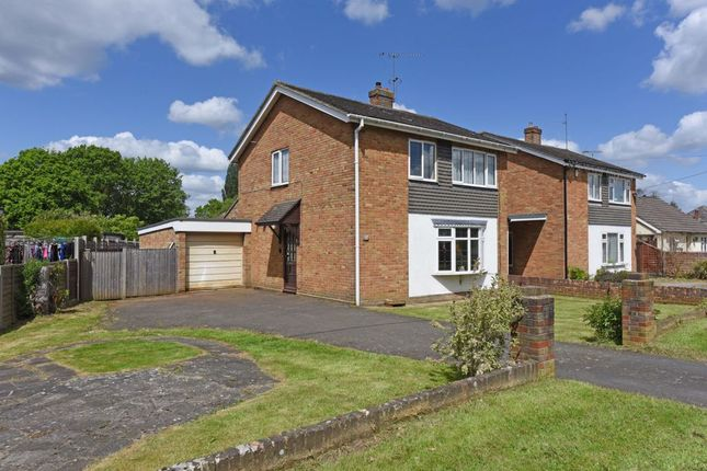 Thumbnail Detached house for sale in Hamesmoor Road, Mytchett