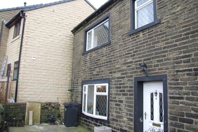 Thumbnail Property to rent in Natty Lane, Illingworth, Halifax