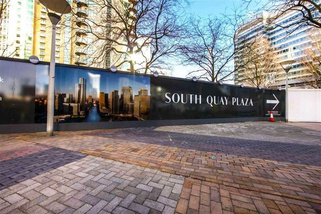 Thumbnail Property for sale in South Quay Plaza, Canary Wharf, London