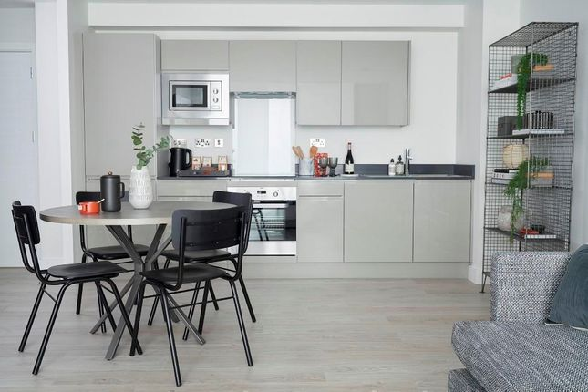 1 bed flat for sale in Tottenham Lane, London N8