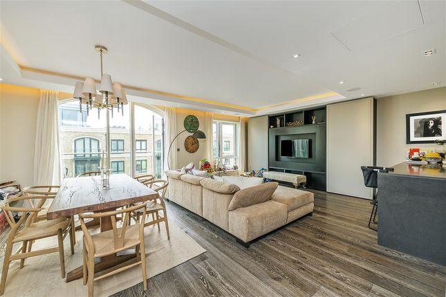 Thumbnail Flat to rent in Chancellors Wharf, Crisp Road, London
