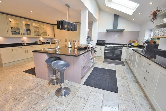 Thumbnail Detached house for sale in Bramley Avenue, Coulsdon