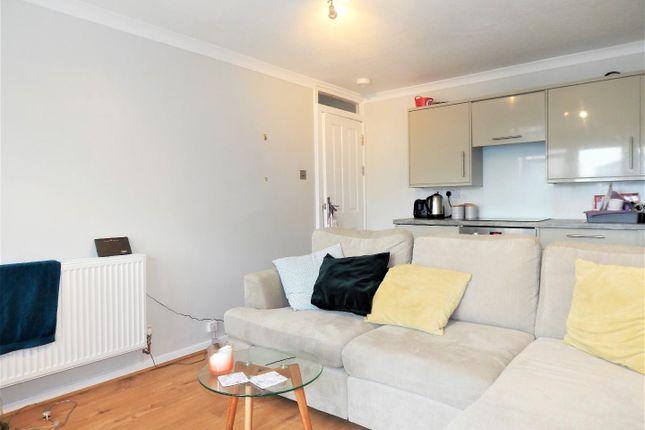 Thumbnail Semi-detached bungalow to rent in Nunnington Close, London
