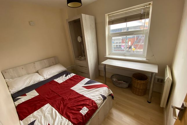 Bedroom 1 of Edric House, The Rushes, Loughborough LE11