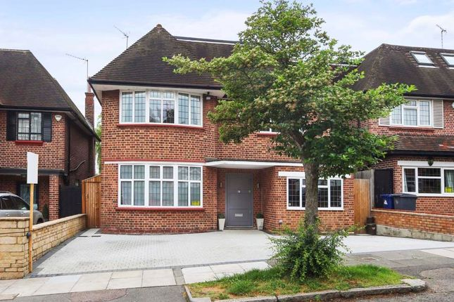 Thumbnail Property to rent in Connaught Drive, London