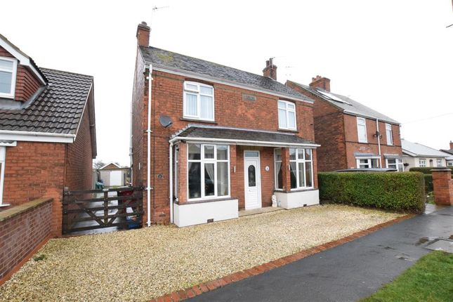 Thumbnail Detached house for sale in Cemetery Road, Winterton, Scunthorpe