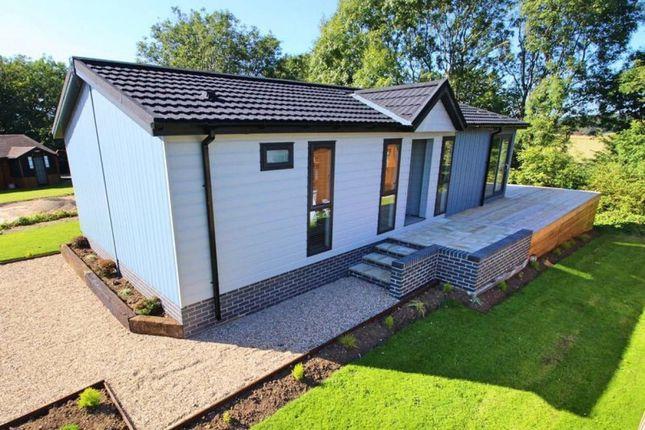 Thumbnail Lodge for sale in Turkey Lane, Carnaby, Bridlington