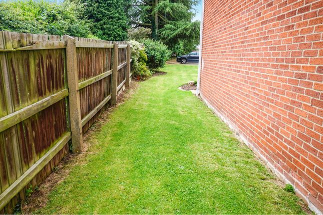 Side Garden of Leedhams Croft, Walton-On-Trent, Swadlincote DE12
