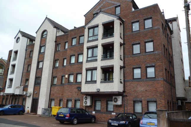 Thumbnail Flat to rent in St Pauls Square, Carlisle