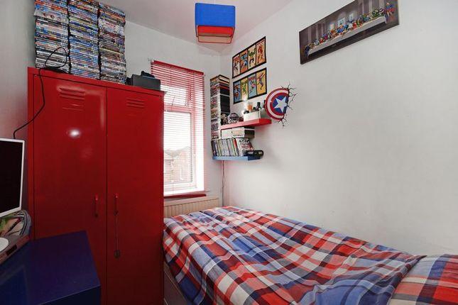Bedroom 3 of Herdings View, Sheffield S12
