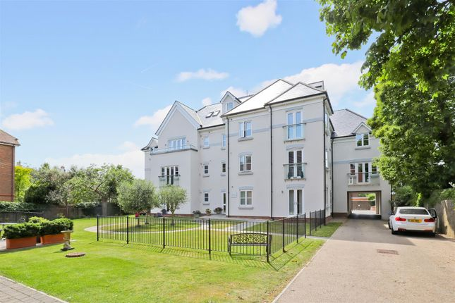 Thumbnail Flat for sale in Lomas Court, Wordsworth Road, Worthing