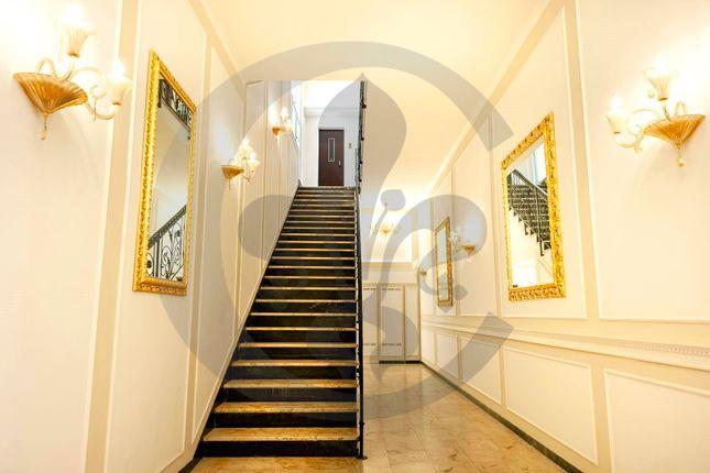 Thumbnail Hotel/guest house for sale in Via Bocca di Leone, Rome City, Rome, Lazio, Italy