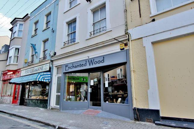 Thumbnail Flat to rent in Montague Street, Worthing