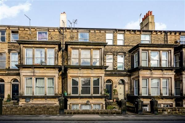 2 bed flat for sale in Park View, Harrogate