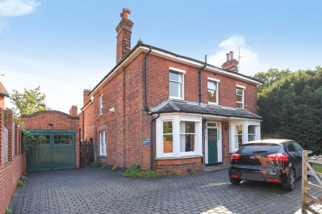 Thumbnail Detached house for sale in Redlands Road, Reading
