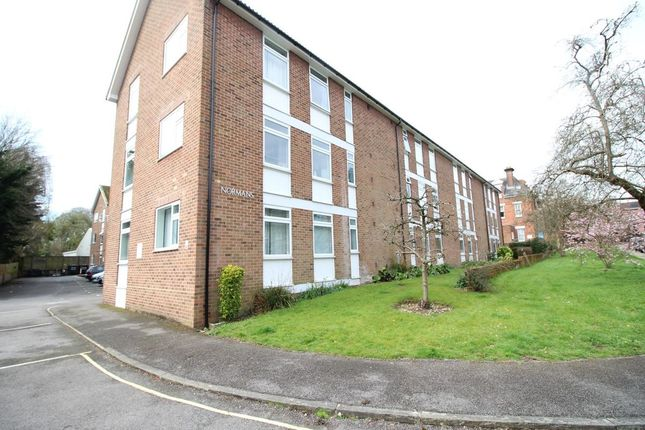 Thumbnail Flat to rent in Normans Norman Road, Winchester