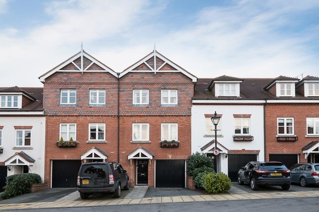 Thumbnail Town house to rent in Pegasus Place, St.Albans