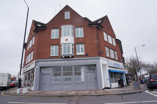 2 bed flat to rent in Aylmer Parade, Aylmer Road, London