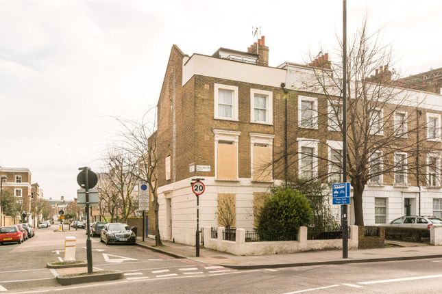 Thumbnail Property for sale in Tollington Road, Islington, London