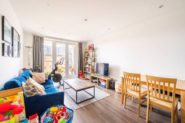 2 bed flat for sale in Old Devonshire Road, Balham, London SW12