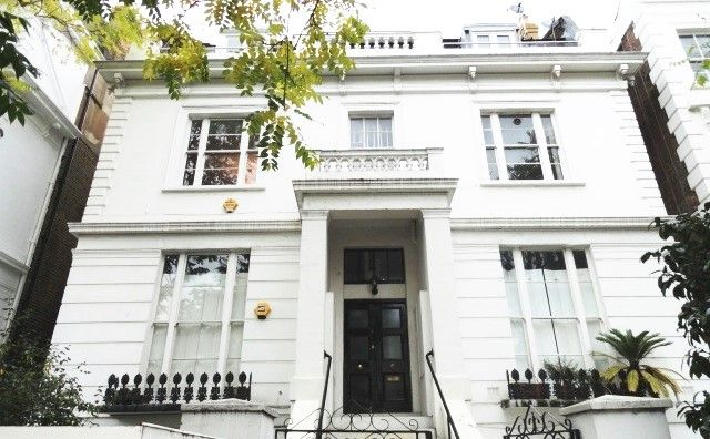 2 bed flat to rent in Pembridge Villas, Notting Hill, London