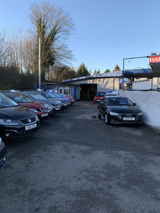Thumbnail Commercial property for sale in Sundon Park Road, Luton